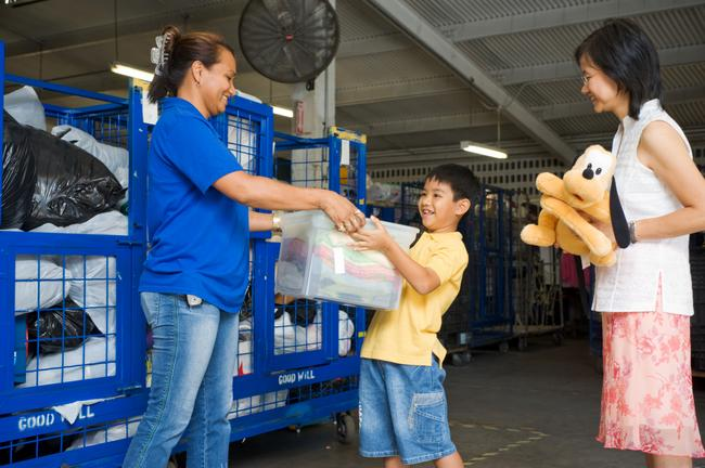 Wrap Up 2014 by Giving Others a Brighter Future | Wow ... Goodwill Donations